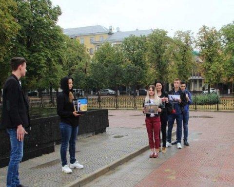 Сторонники «ЛНР» устроили безумную акцию: в сети смеются над фото