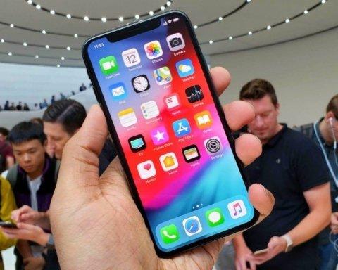 Китайский IТ-гигант выпустил дешевый клон iPhone Xs