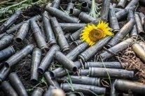 Важка доба на Донбасі: поранено п'ятьох українських бійців