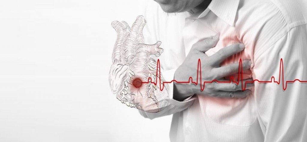 Ощущает каждый: какие симптомы предупреждают о сердечном приступе