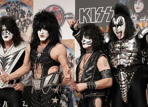 Культовая группа Kiss заявила о завершении концертной деятельности
