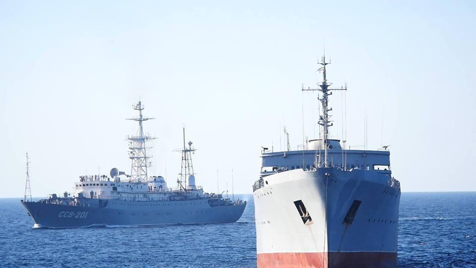 Кораблі, які пройшли міст у Крим, досягли мети: з'явилися фото