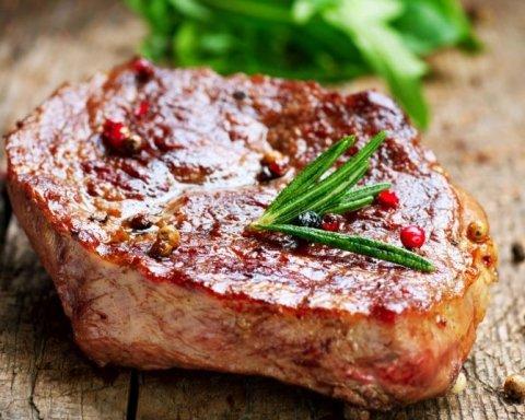 Мясная диета: почему опасно на нее садиться