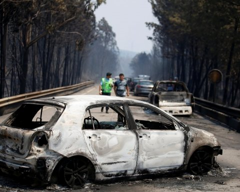Toyota отзывает миллион автомобилей из-за риска возгорания: названы опасные модели