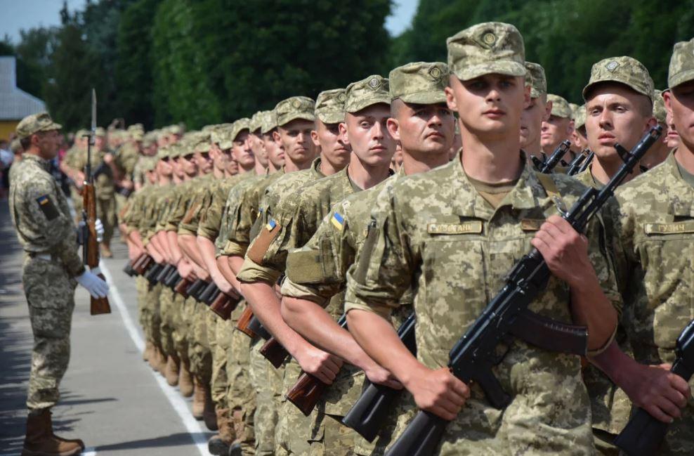 Осінній призов: кого з українців від нього звільнять