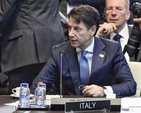 Хотят большего сотрудничества: ЕС рассмотрит вопрос санкций против России