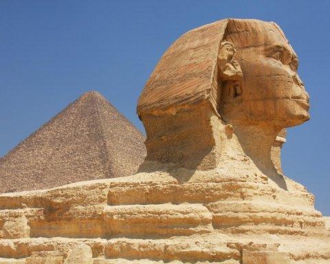Ученые обнаружили нового Сфинкса в Египте: яркие фото