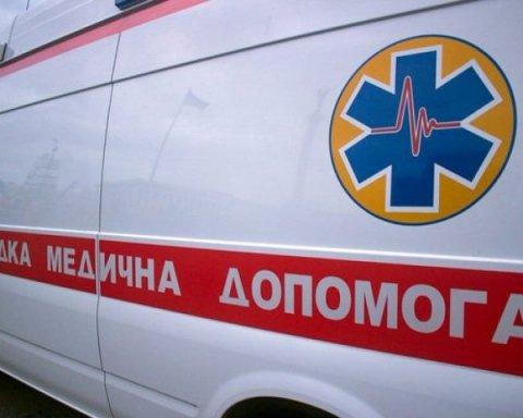 В Черкасском лицее произошла газовая атака, пострадали люди: первые подробности
