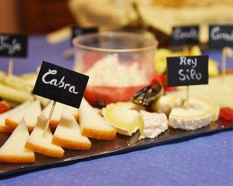 Врятує ваші зуби та подовжить життя: як впливає на організм щоденне вживання сиру