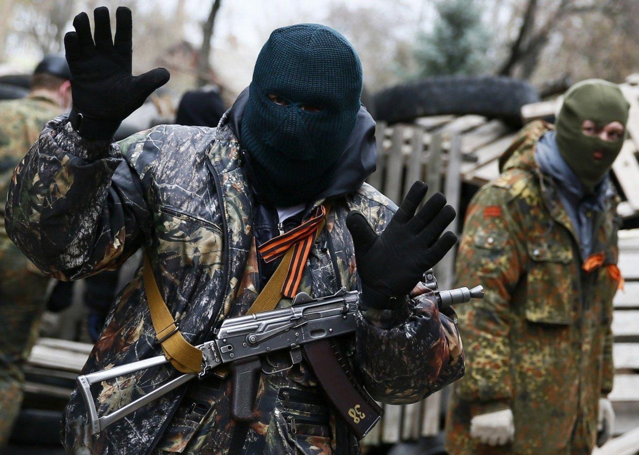 Олицетворение «русского мира»: боевик на Донбассе совершил самоубийство, достойное премии Дарвина