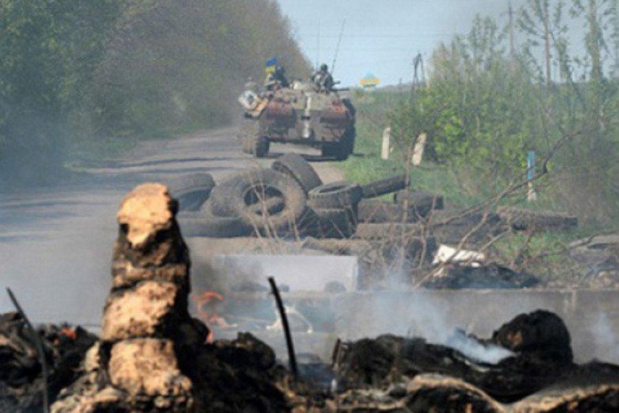 В День защитника Украины боевики на Донбассе ранили трех бойцов ВСУ