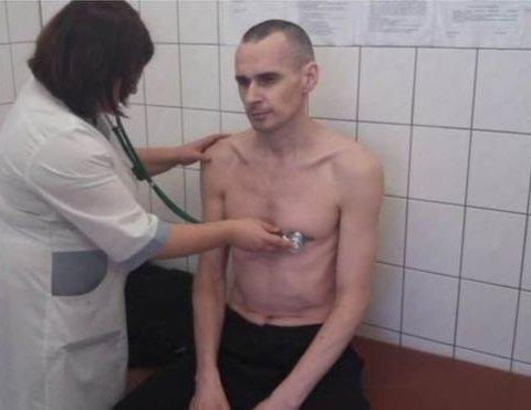 За межею: в Україні пояснили, чому Сенцов припинив голодування