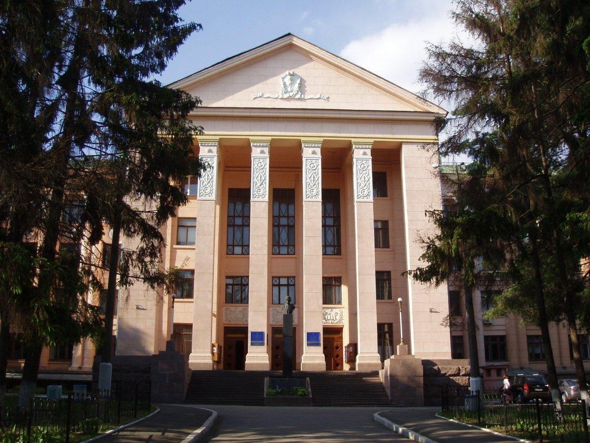 Антимайдановец Науменко продолжает занимать должность и.о. ректора НМУ им. А.А. Богомольца