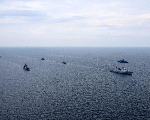 РФ посягнула на Азовское море: что случилось