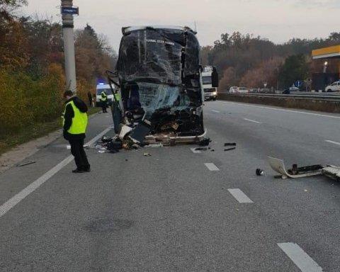 Авария с артистами «Дизель-шоу»: стало известно о состоянии всех пострадавших
