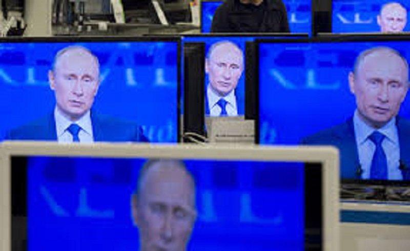 Російські діти неприємно вразили мережу своєю піснею: відео