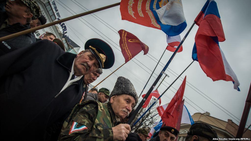 В Украине он в розыске, а в России — бездомный: награжденный Путиным крымчанин записал смехотворное видео