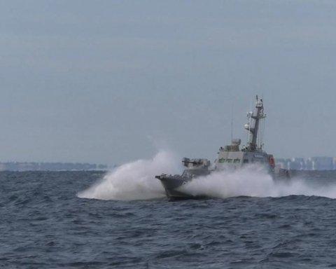Бійці ЗСУ провели потужні тренування в Азовському морі: з'явилося яскраве відео