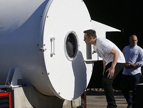 Hyperloop почти готов: Илон Маск приготовил незабываемый сюрприз первым пассажирам