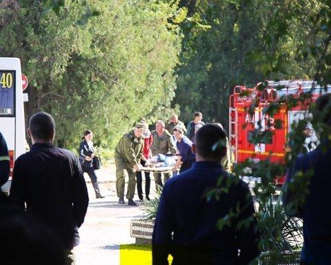 Что-то еще будет: на фото стрелка из Керчи увидели новые трагедии