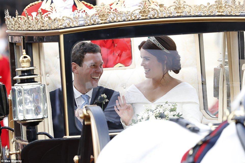 Казкове весілля принцеси Євгенії і Джека Бруксбенка: всі подробиці, фото та відео