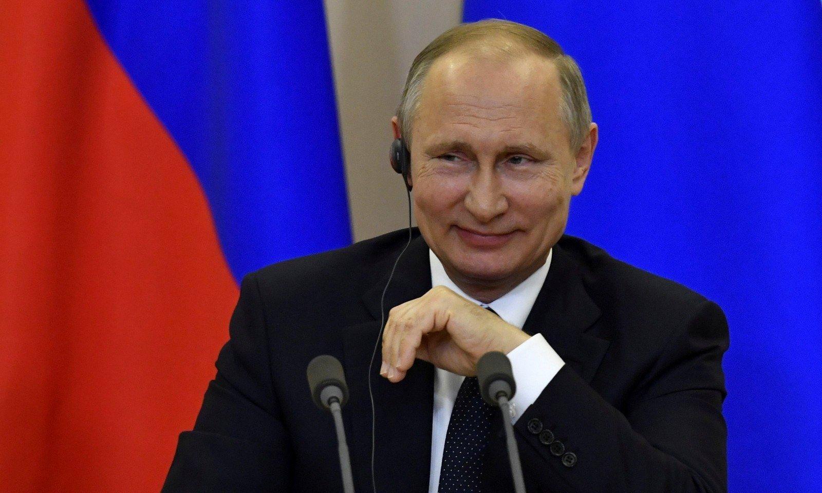 В мережі показали фото снайперів, яких возить із собою Путін
