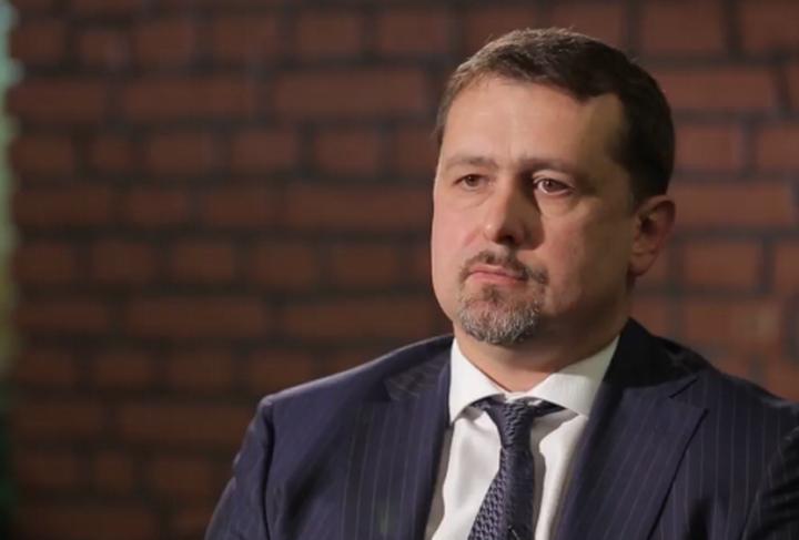 Скандальный разведчик Семочко прокомментировал связи с РФ и свои богатства: видео вызвало возмущение