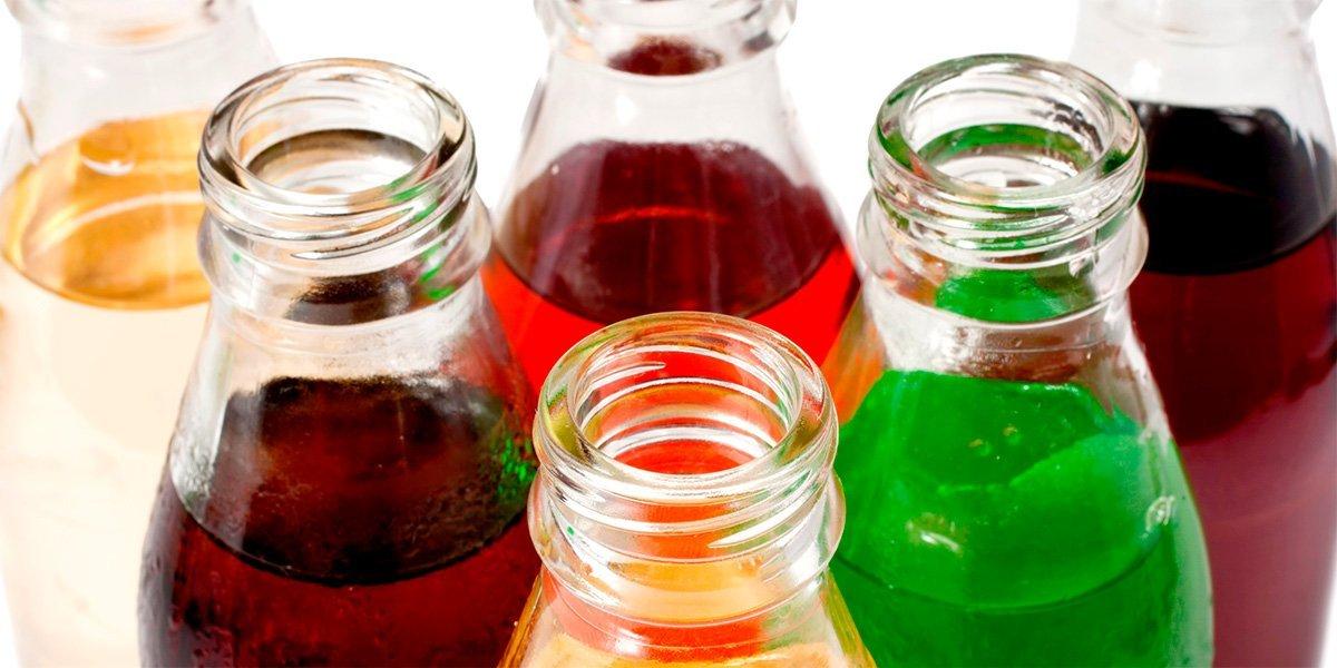 Новини здоров'я — Названо напій, який найкраще рятує в спеку