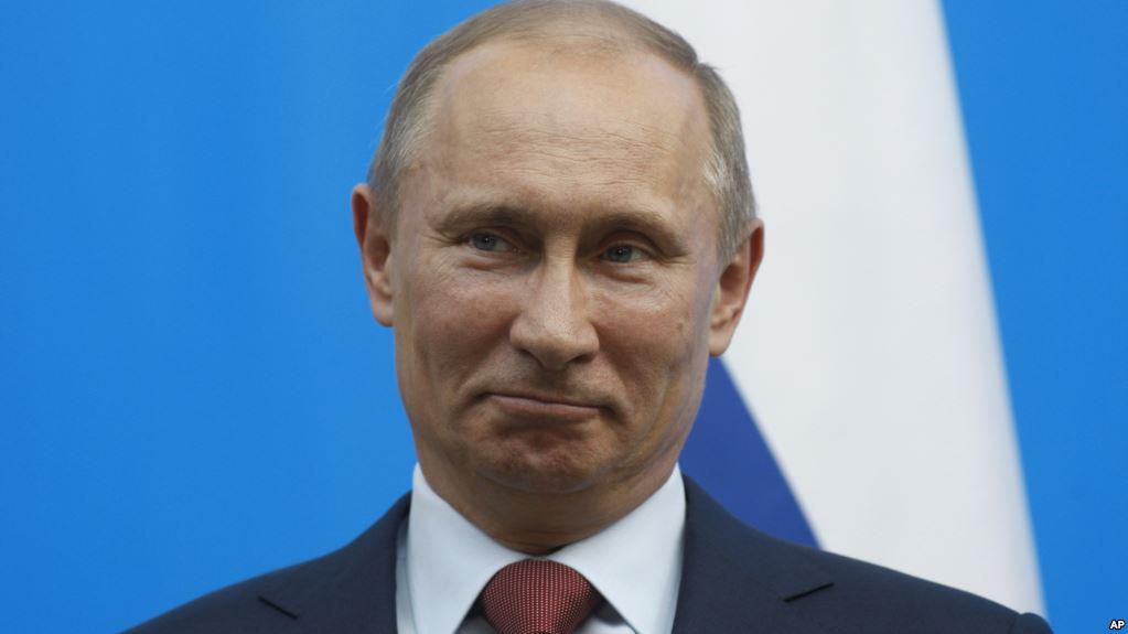 Жодних винятків заради Путіна: у Кремлі показали цікаве фото з прем'єром Греції