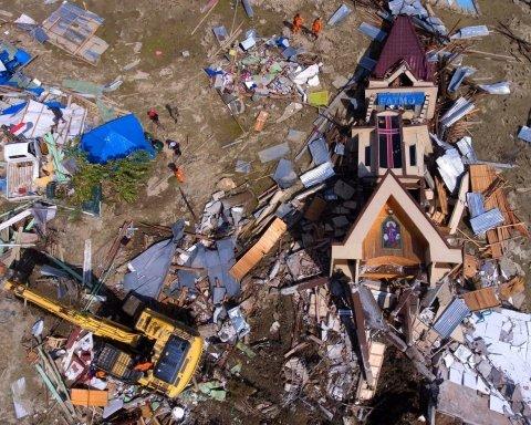 Не успели пересчитать жертв прошлой катастрофы: в Индонезии новое землетрясение, есть погибшие