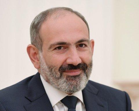 Прем'є-міністр Вірменії подав у відставку: всі подробиці
