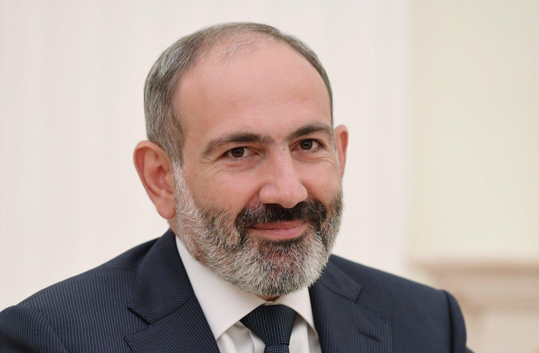 Премьер-министр Армении подал в отставку: все подробности