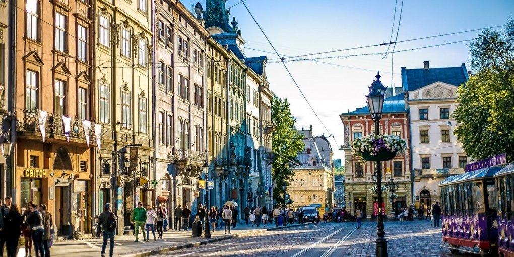Во Львове лучше, чем в РФ: российский писатель поделился впечатлениями от Украины