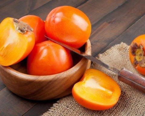 Хурма – спасение для гипертоников: ученые заявили об удивительной пользе фрукта