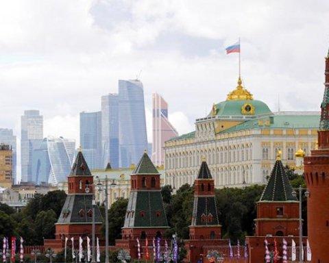 Вбивають людей: стало відомо, як Росія рятується від розвалу