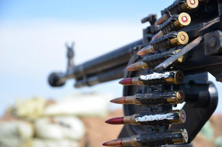 Война на Донбассе: появились новые видео боев