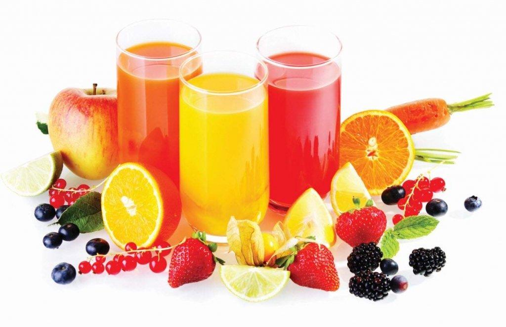 Дієтологи пояснили, в чому сік програє свіжим фруктам