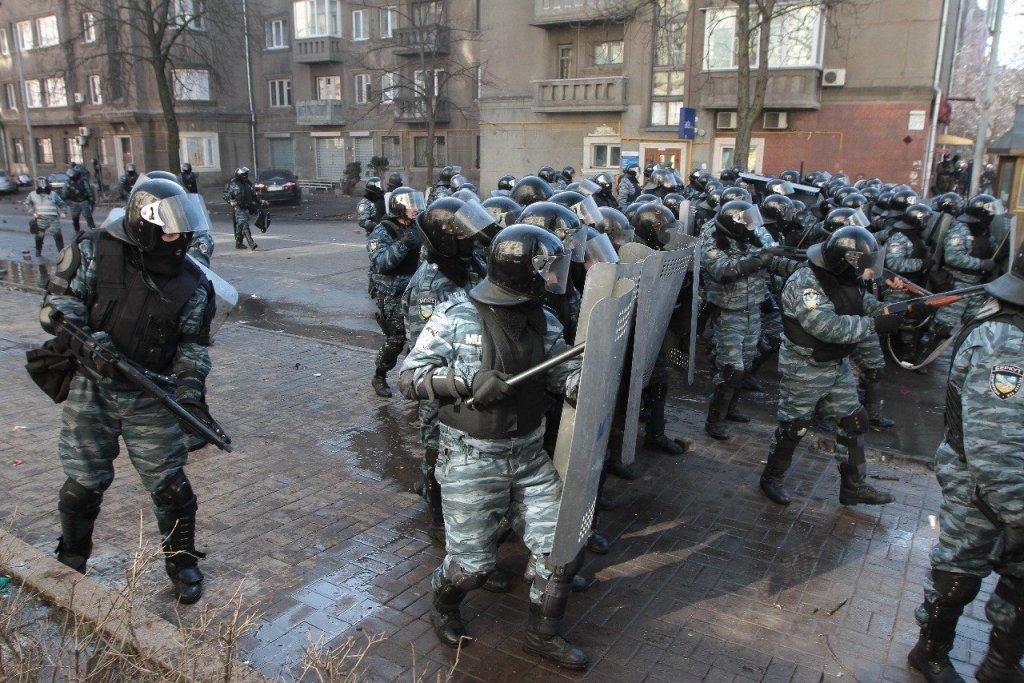 """Правоохоронці довели причетність """"Беркуту"""" до ще одного побиття активістів"""