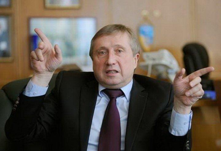В ректора знаменитого українського вузу знайшли приховані багатства