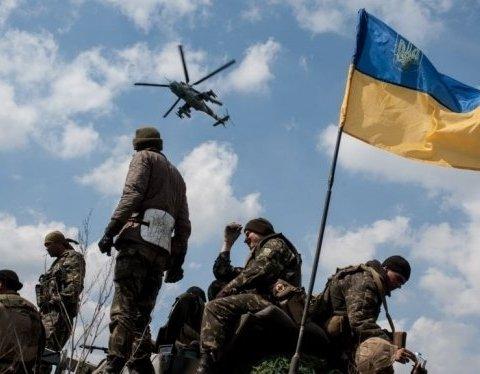 Опубліковано відео обстрілу ворожої позиції на Донбасі: засвітився поранений бойовик