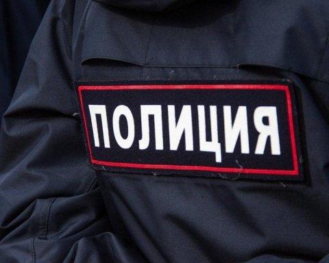 """Окупанти почали шукати """"терористів"""" у Севастополі, рух у місті перекрито"""