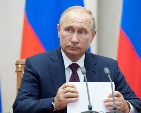 Не такой смелый Путин почувствовал на себе презрение помощника Трампа, видео