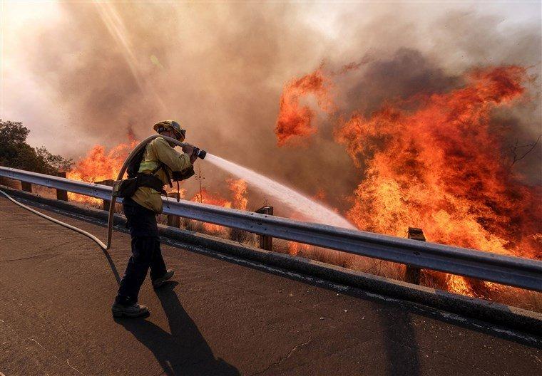 Смертельна пожежа на відомому курорті: кількість жертв сягнула 44 людей