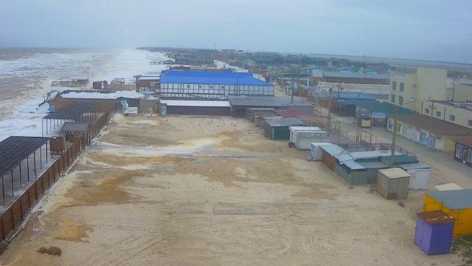 В Україні затопило популярний курорт: фото та відео