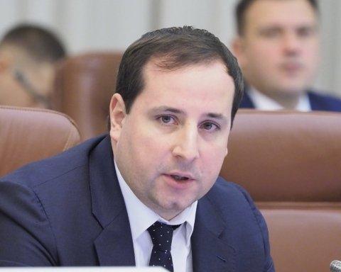 »Саша-потеряй»: в Кабмине могут «пропасть» невыгодные для Гройсмана документы