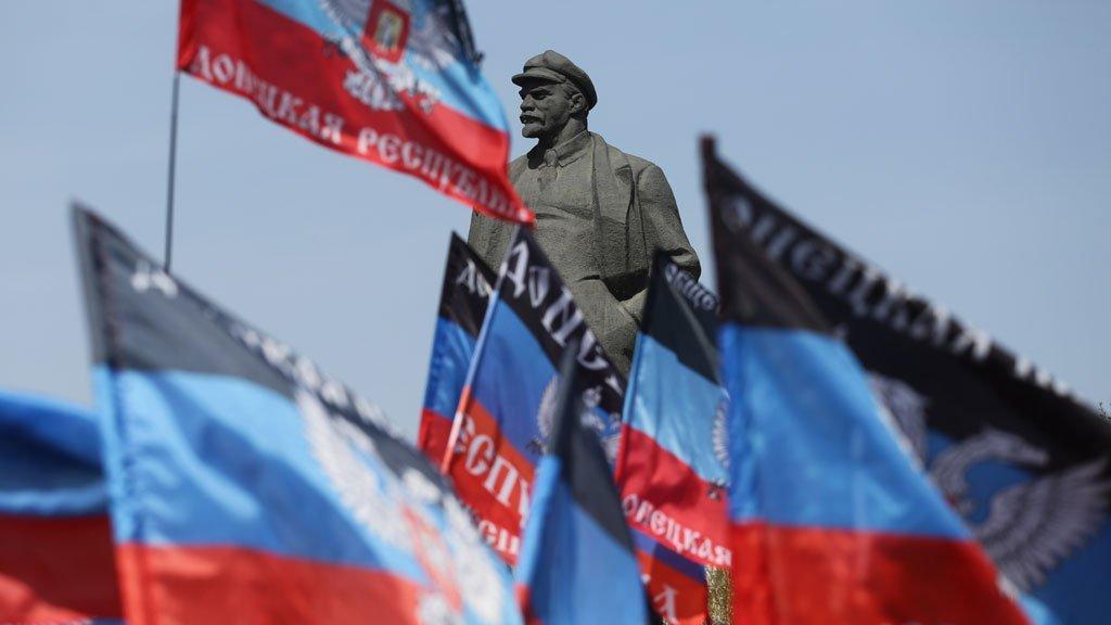 """Ватажки """"ДНР"""" знову знущаються з мешканців Донбасу: свіжі новини з окупації"""