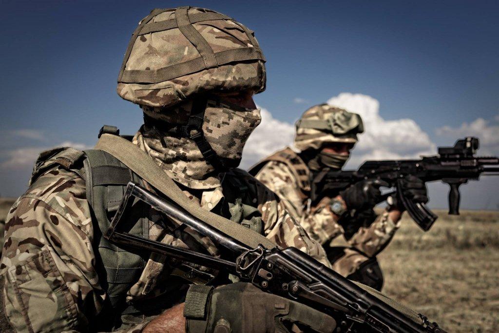 Война на Донбассе: 17 обстрелов боевиков, потерь в ВСУ нет