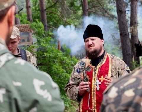 На российском ТВ сделали странное заявление о томосе и военном положении в Украине: в сети посмеялись