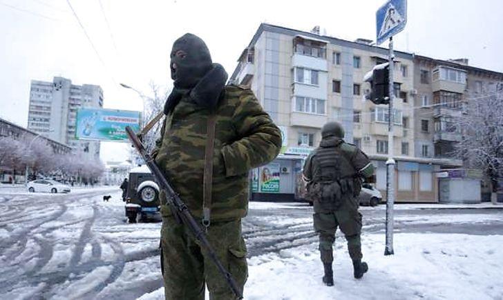 """Чим """"ДНР-ЛНР"""" відповіли на воєнний стан в Україні – Тука помітив цікавий момент"""