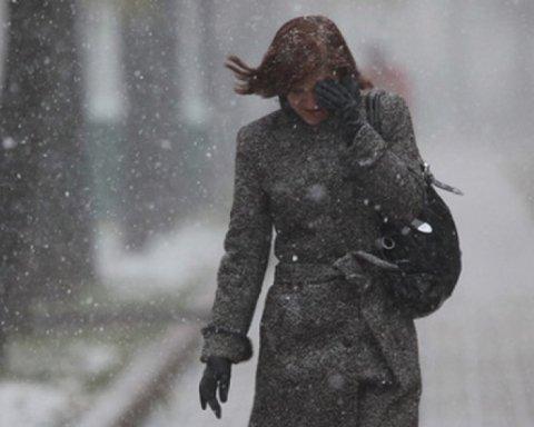 Ужасная погода: синоптики рассказали, кого заметет снегом